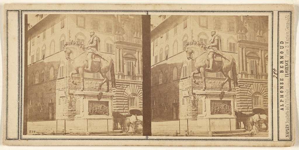 [Statue of Lorenzo de'Medici, Florence]