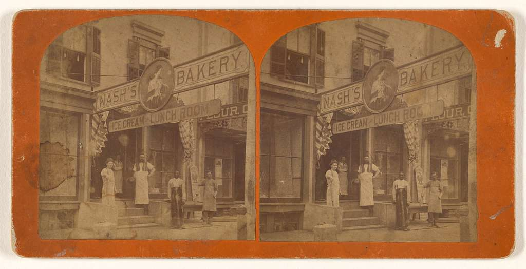 [Exterior view of Nash's Bakery, Ice Cream and Lunch Room]