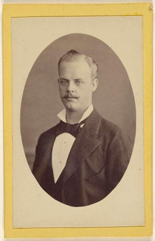 [Portrait of W. Stürcke junior(?)]