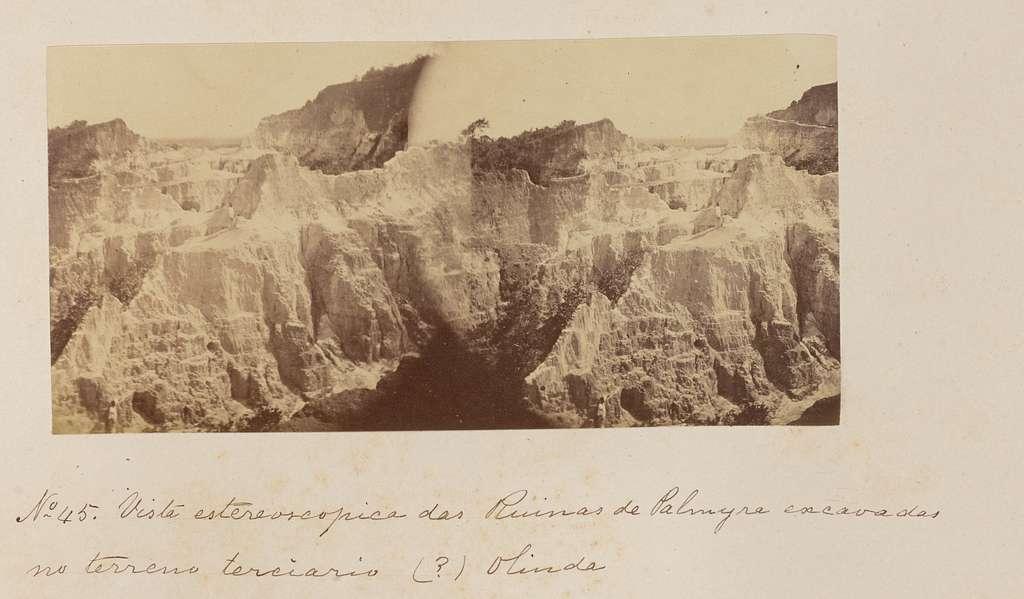 Vista estereoscopica das Ruinas de Palmyra excavadas no terreno terciario Olinda