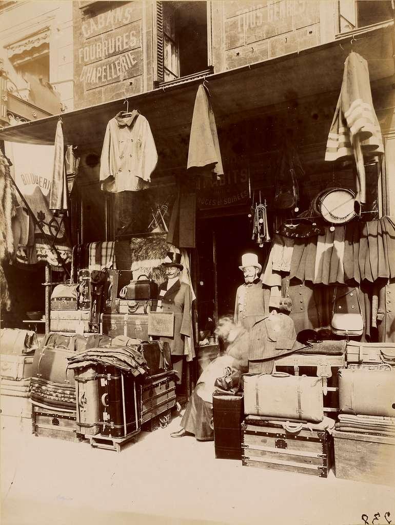 Boutique - rue du Petit Thomas